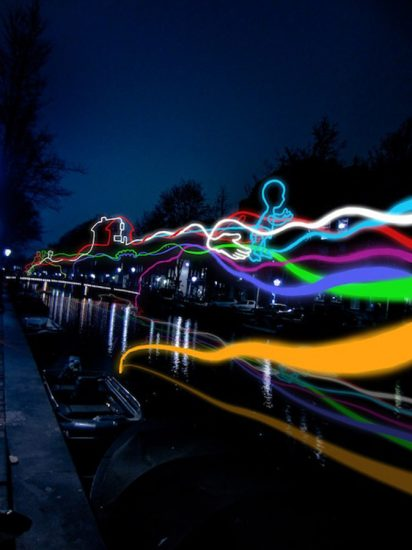 Amsterdam-Light-Festival-2015-Paths-Crossing-Ralf-Westerhof-8ba181-large-1447681152